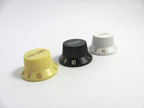 Stratocaster UFO Knobs (set of 3)